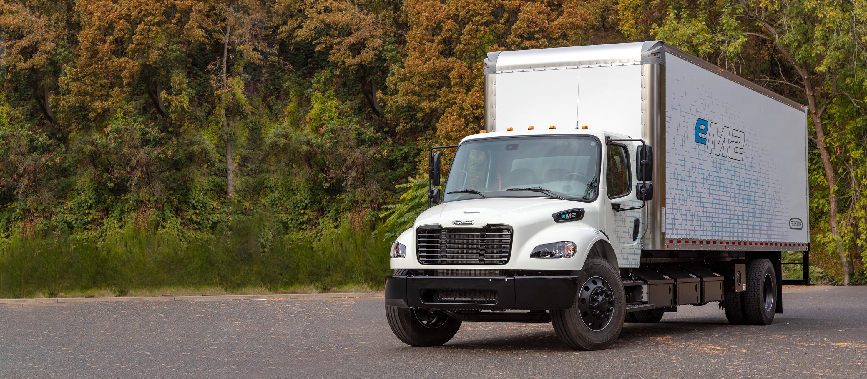 em2-box-truck_crop.png