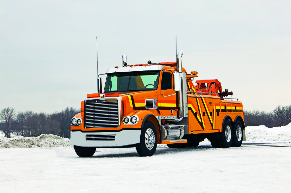 tow-oranage-yellowstripe1024x680.jpg
